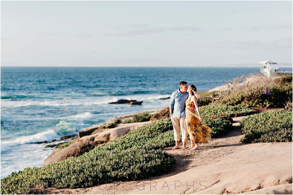 lajolla-sunset-beach-engagement10.jpg