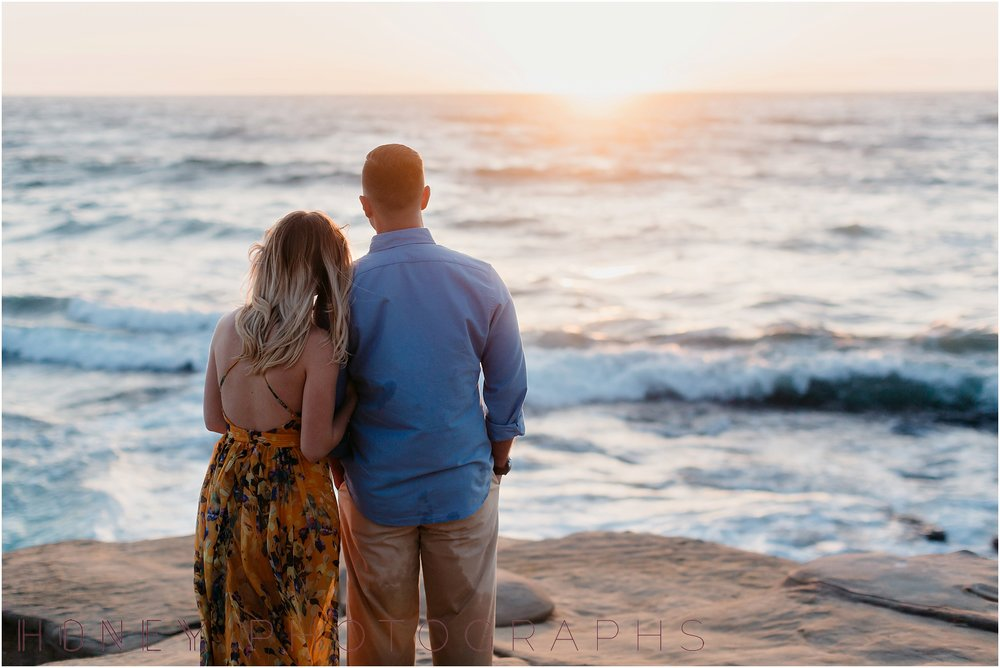 lajolla-sunset-beach-engagement27.jpg