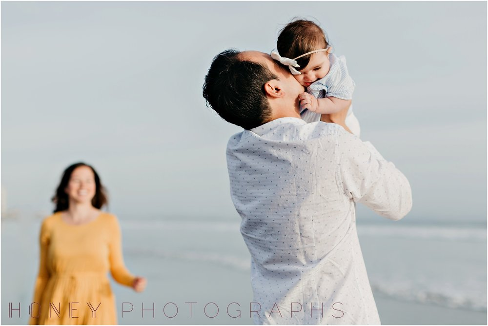 coronado-family-beach-san-diego-portraits07.jpg