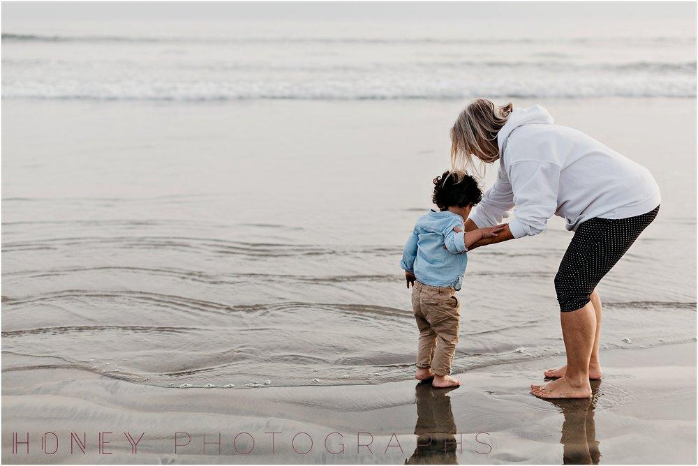 coronado-family-beach-san-diego-portraits18.jpg