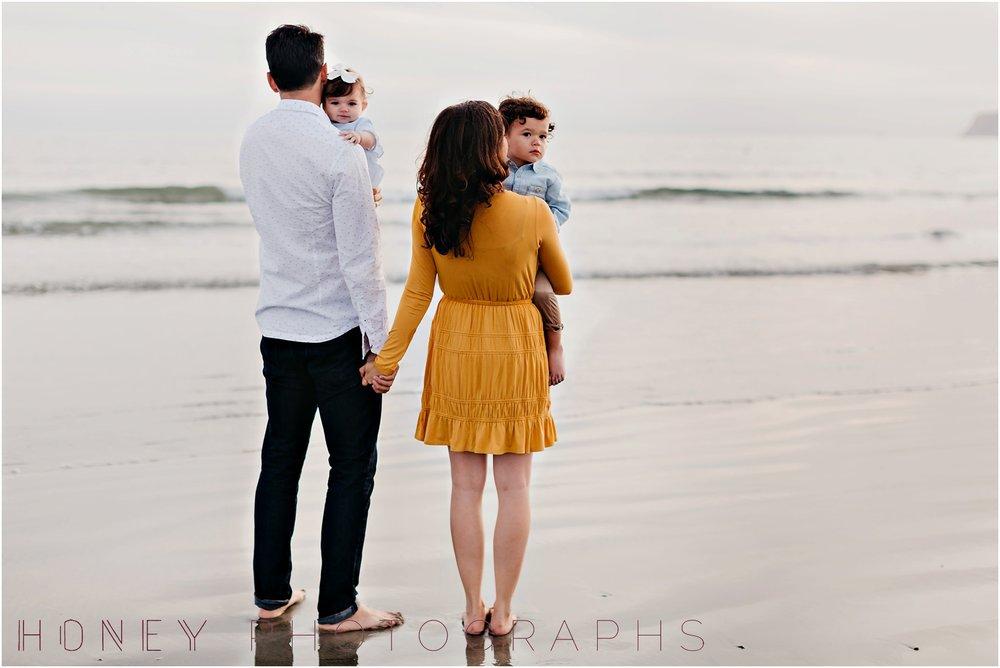 coronado-family-beach-san-diego-portraits21.jpg