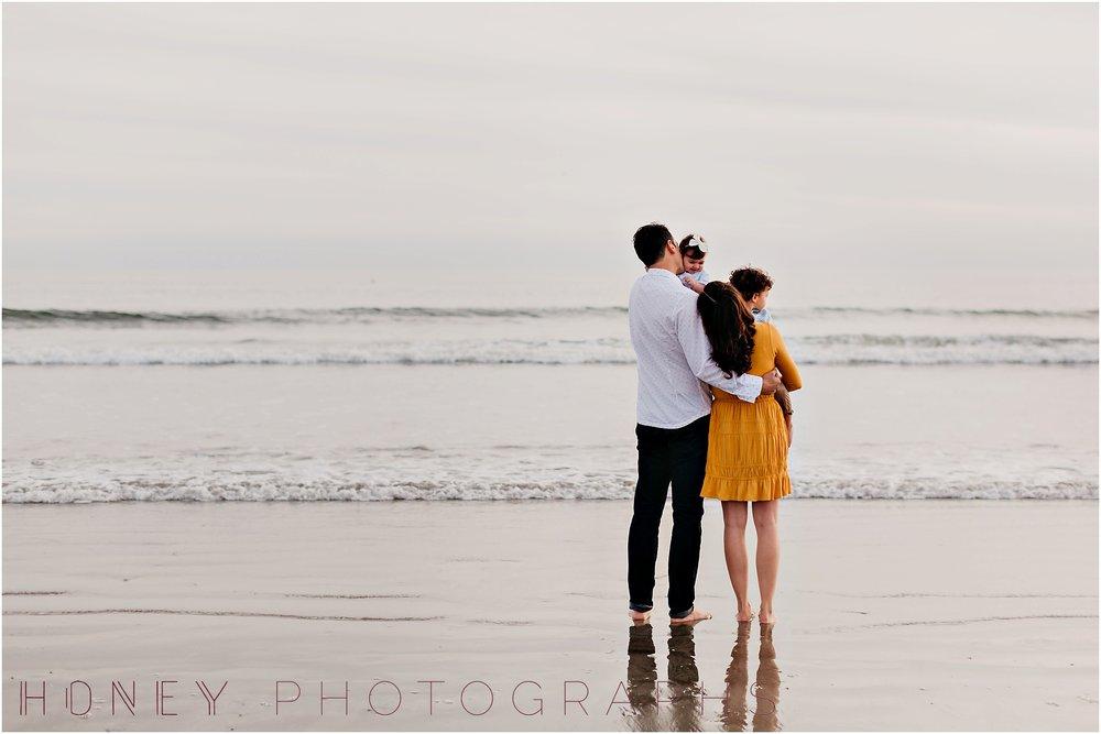 coronado-family-beach-san-diego-portraits23.jpg