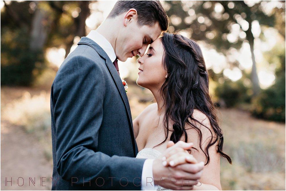 picnic-wedding-rustic-sweetheart-table-felicita-park-boho28.jpg