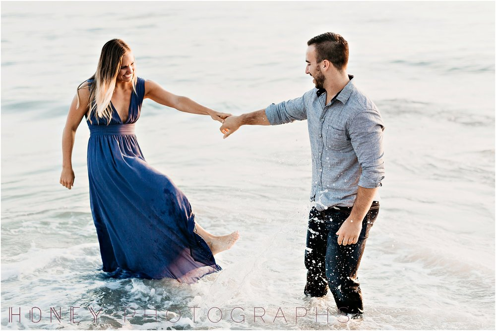 beach_sunset_splash_ocean_la_jolla_windandsea_engagement024.jpg