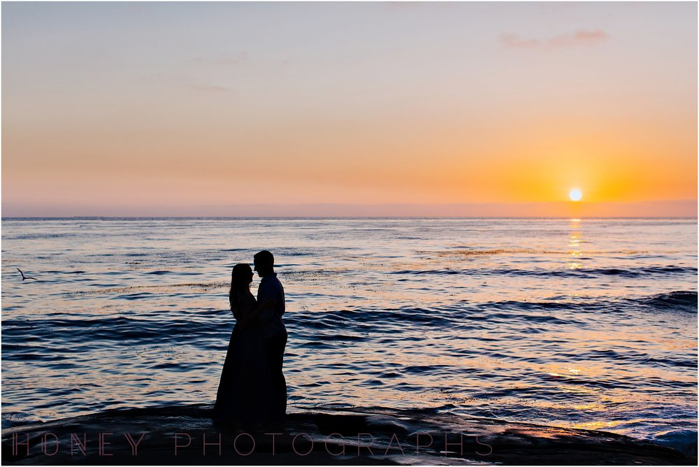 beach_sunset_splash_ocean_la_jolla_windandsea_engagement027.jpg