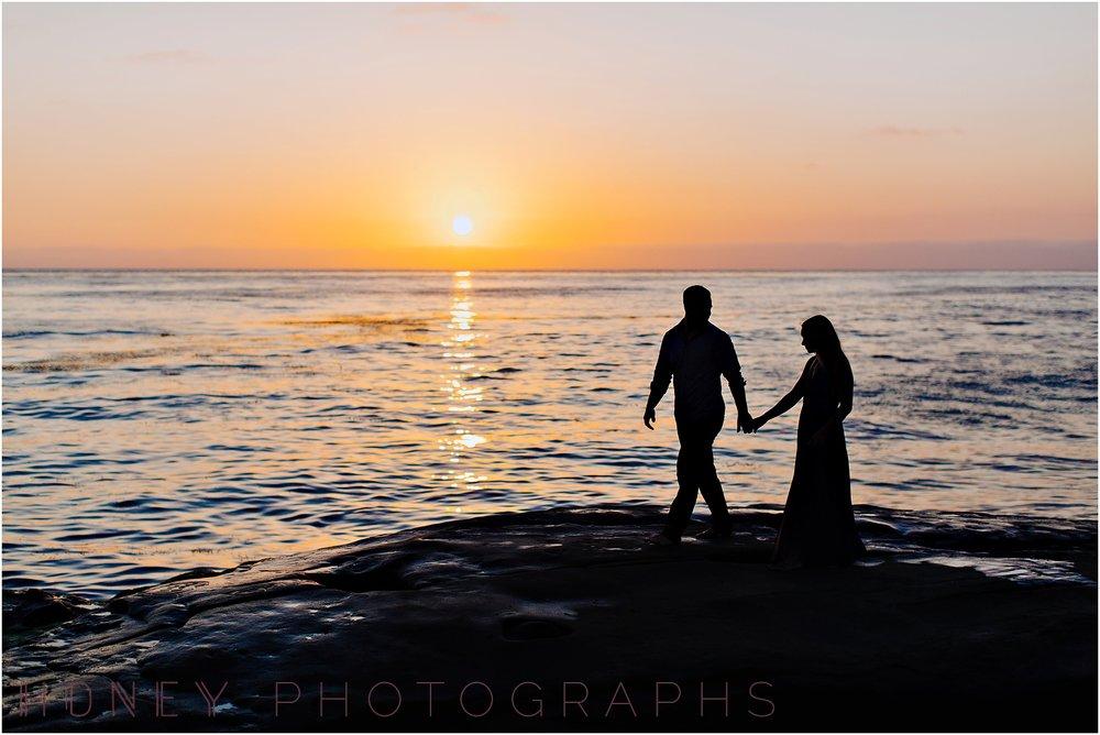 beach_sunset_splash_ocean_la_jolla_windandsea_engagement029.jpg