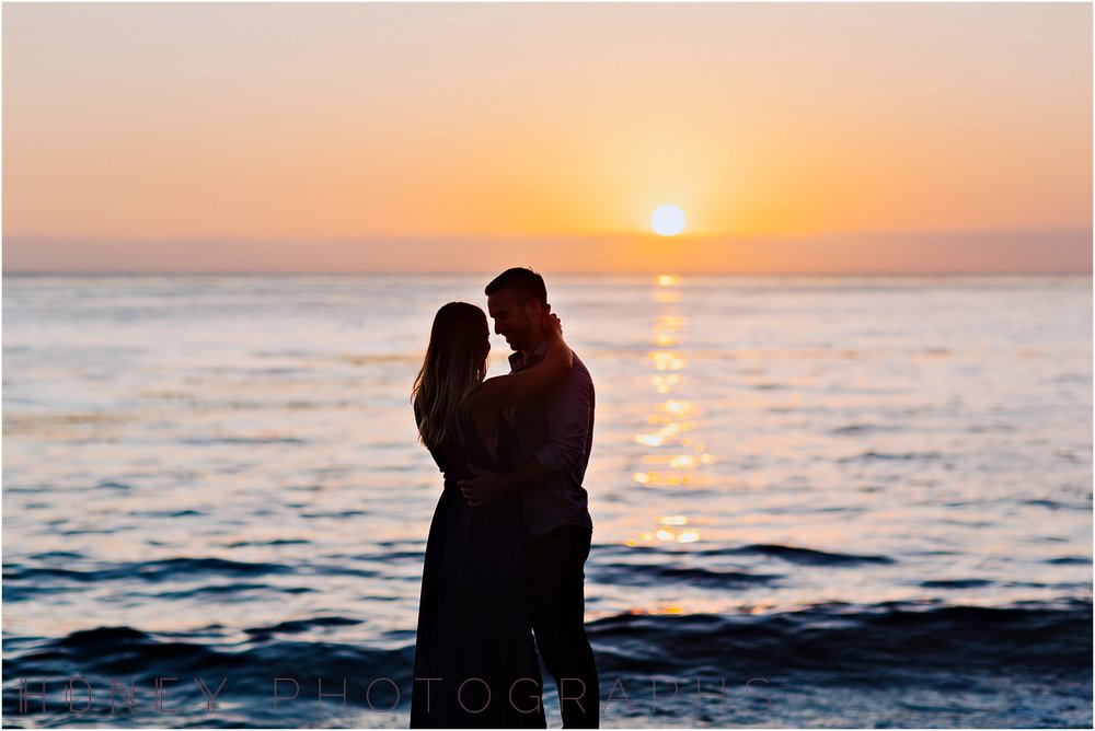 beach_sunset_splash_ocean_la_jolla_windandsea_engagement030.jpg