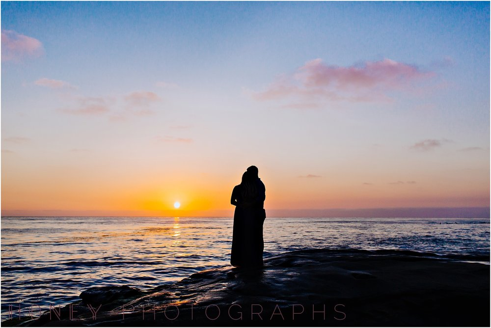 beach_sunset_splash_ocean_la_jolla_windandsea_engagement031.jpg