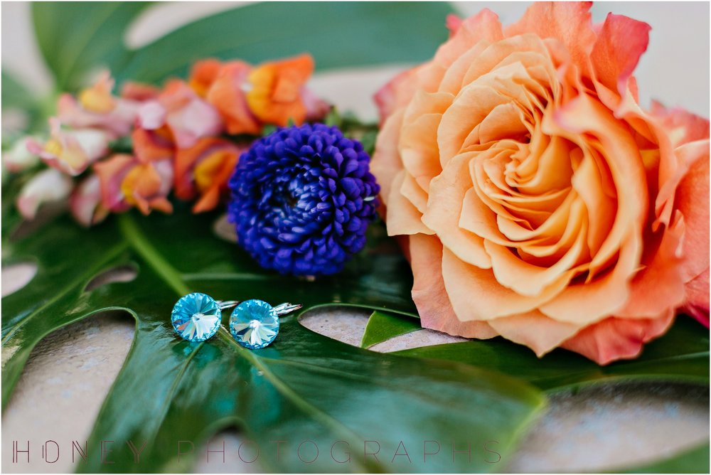 colorful_ecclectic_vibrant_vista_rainbow_quirky_wedding003.jpg