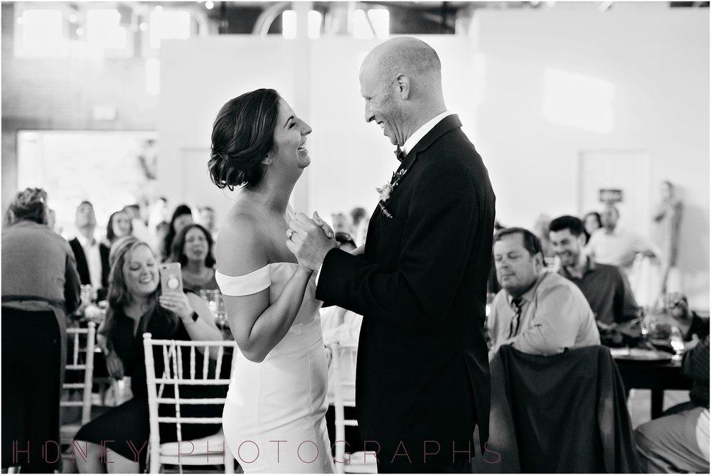 brick_warehouse_liberty_station_urban_classic_wedding048.jpg