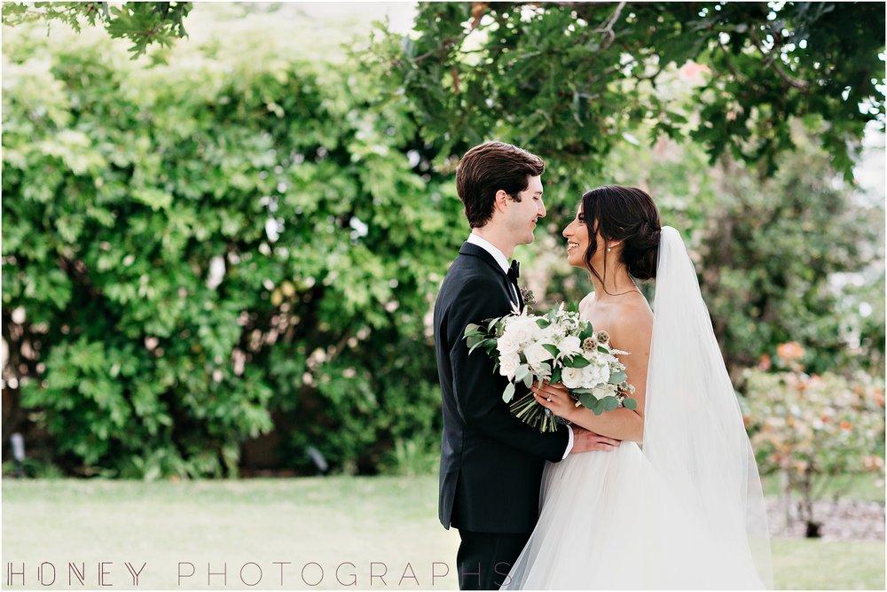 la_jolla_timeless_classic_elegant_cliffs_beach_black_tie_wedding018.jpg