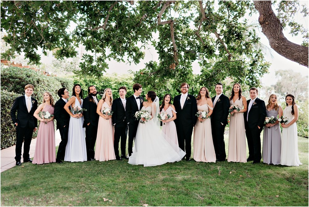 la_jolla_timeless_classic_elegant_cliffs_beach_black_tie_wedding021.jpg