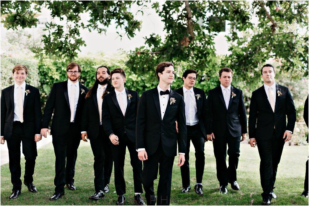 la_jolla_timeless_classic_elegant_cliffs_beach_black_tie_wedding023.jpg
