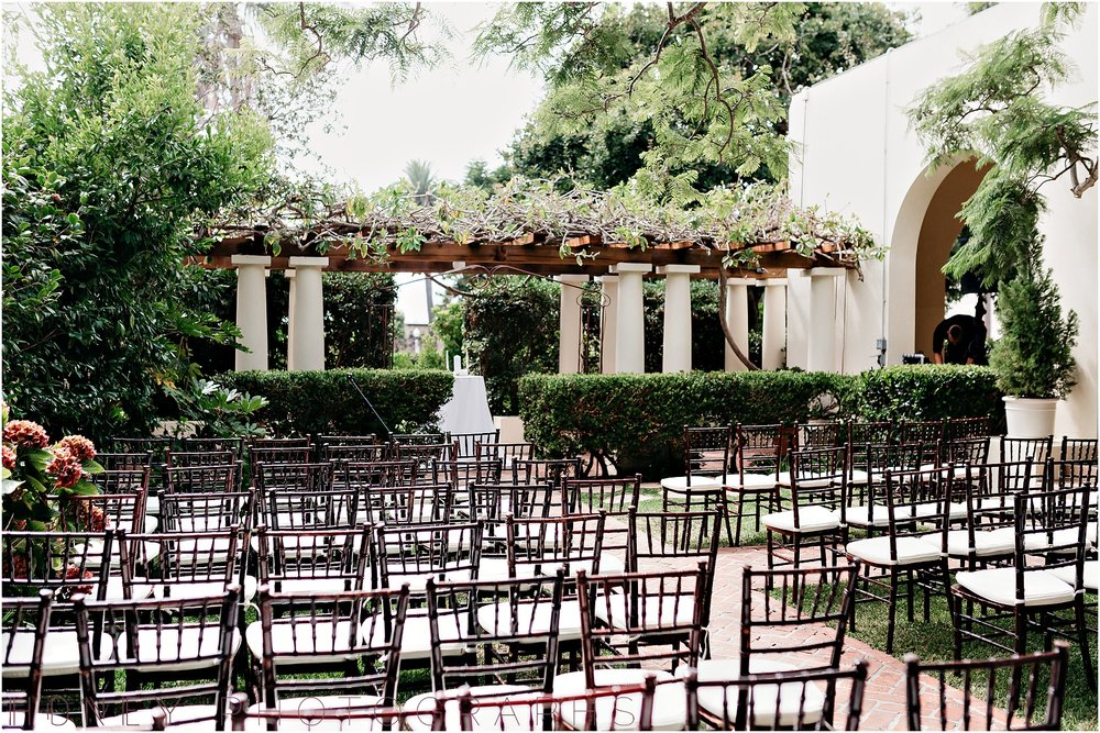la_jolla_timeless_classic_elegant_cliffs_beach_black_tie_wedding026.jpg