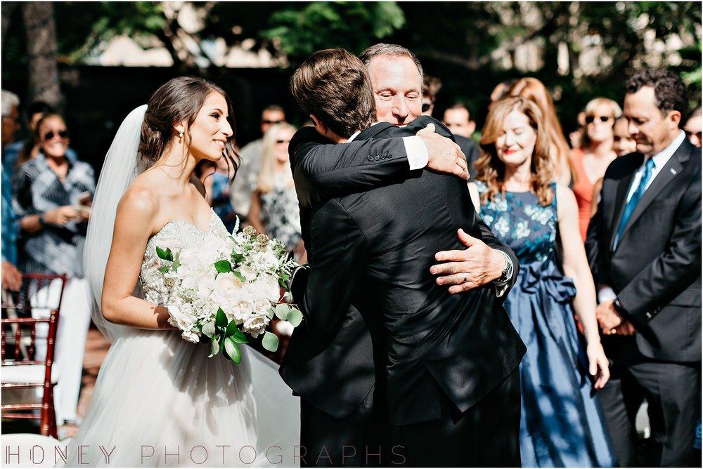 la_jolla_timeless_classic_elegant_cliffs_beach_black_tie_wedding028.jpg
