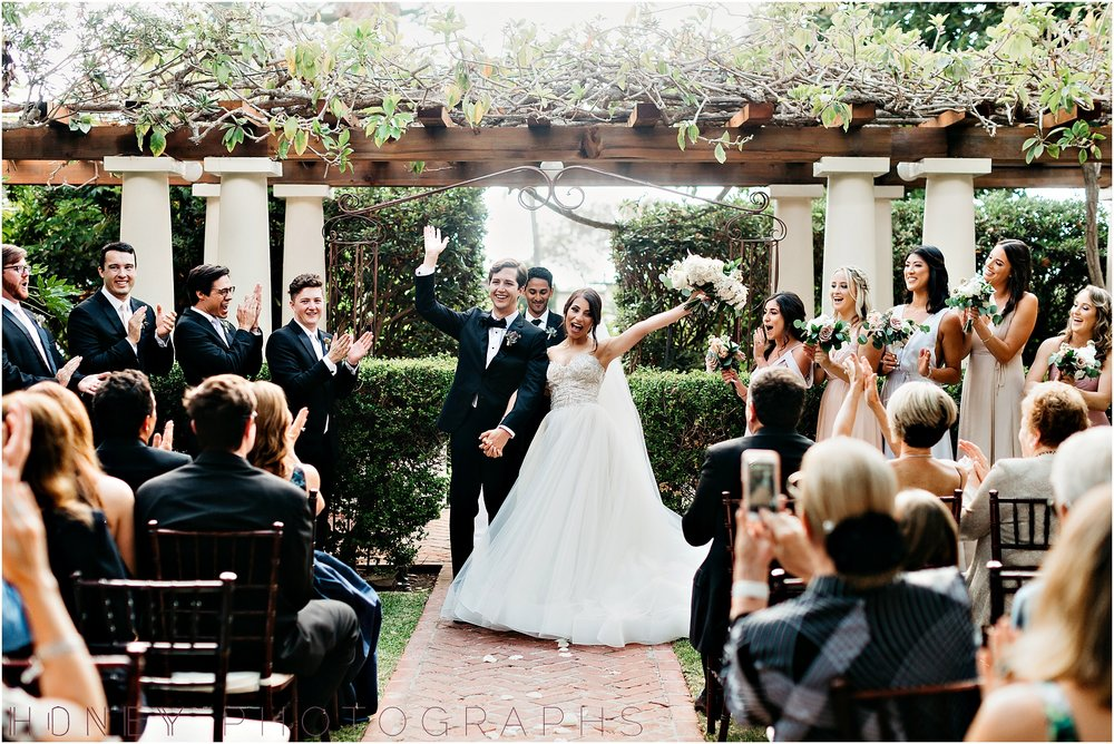 la_jolla_timeless_classic_elegant_cliffs_beach_black_tie_wedding033.jpg