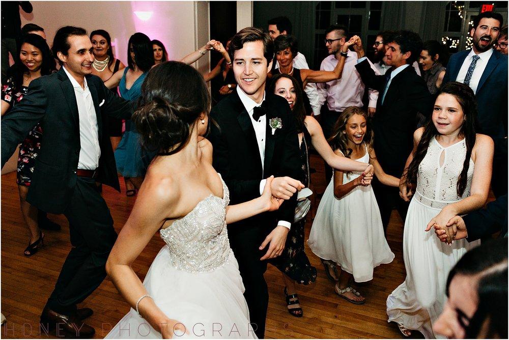 la_jolla_timeless_classic_elegant_cliffs_beach_black_tie_wedding070.jpg
