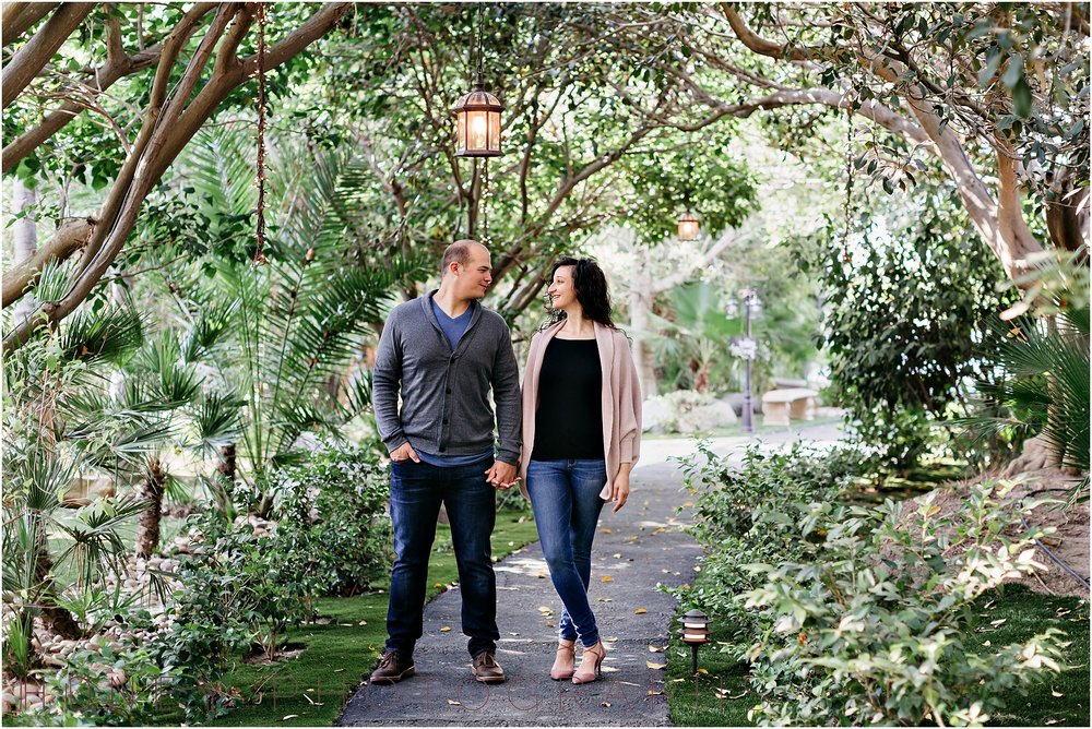 paradise_falls_green_lush_tropical_oceanside_engagement005.jpg