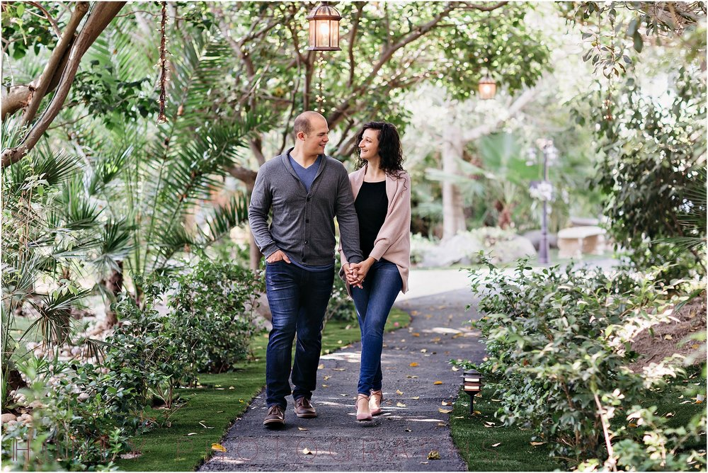 paradise_falls_green_lush_tropical_oceanside_engagement008.jpg