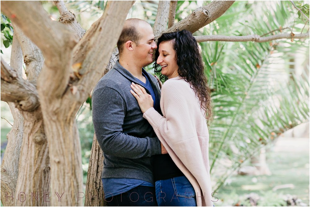 paradise_falls_green_lush_tropical_oceanside_engagement011.jpg
