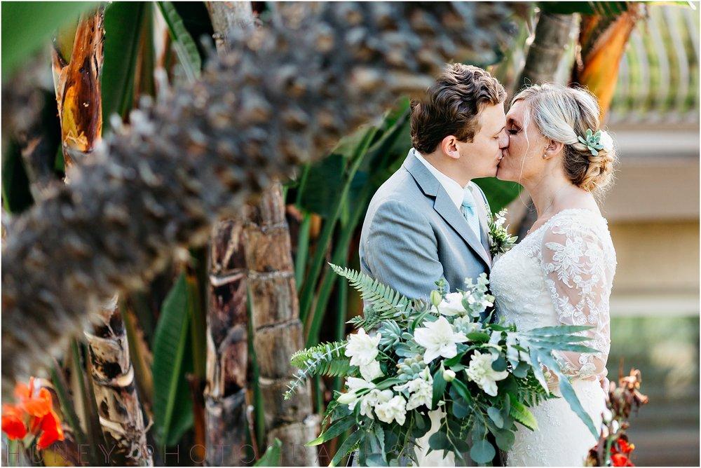 oceanview_point_loma_tropical_beach_ocean_wedding016.jpg