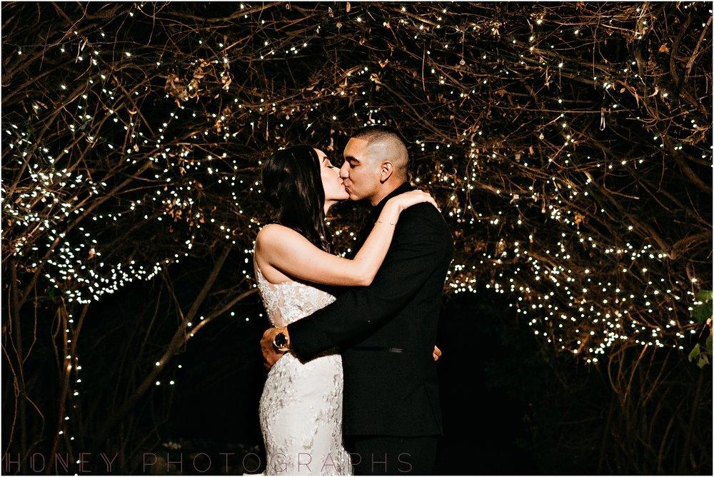 twin_oaks_garden_estate_fall_winter_burgundy_wedding070.jpg