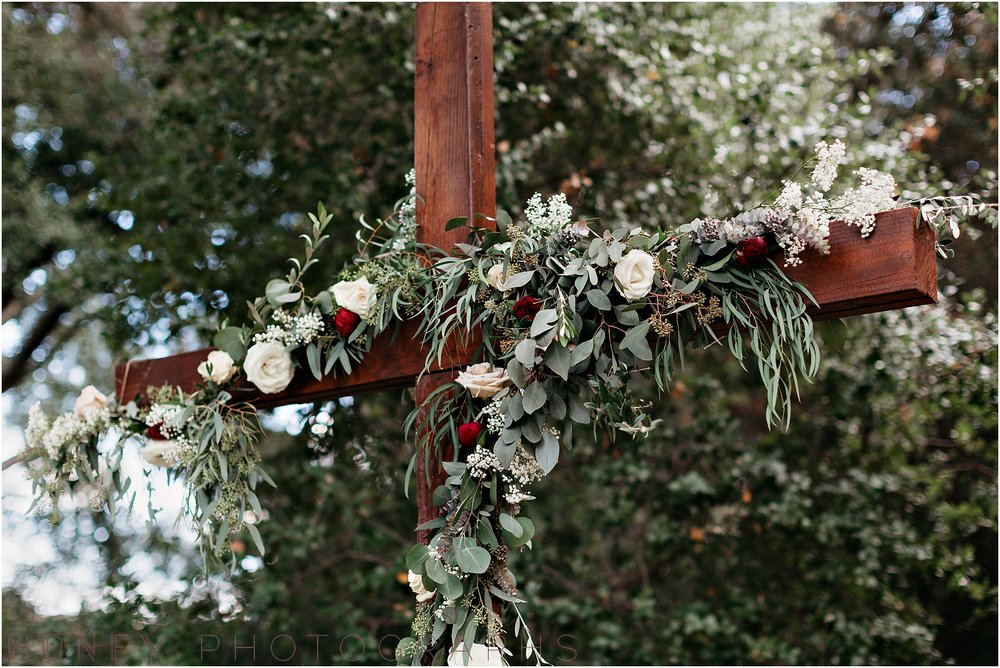 temecula+creek_inn_winter_rustic_wedding008.jpg