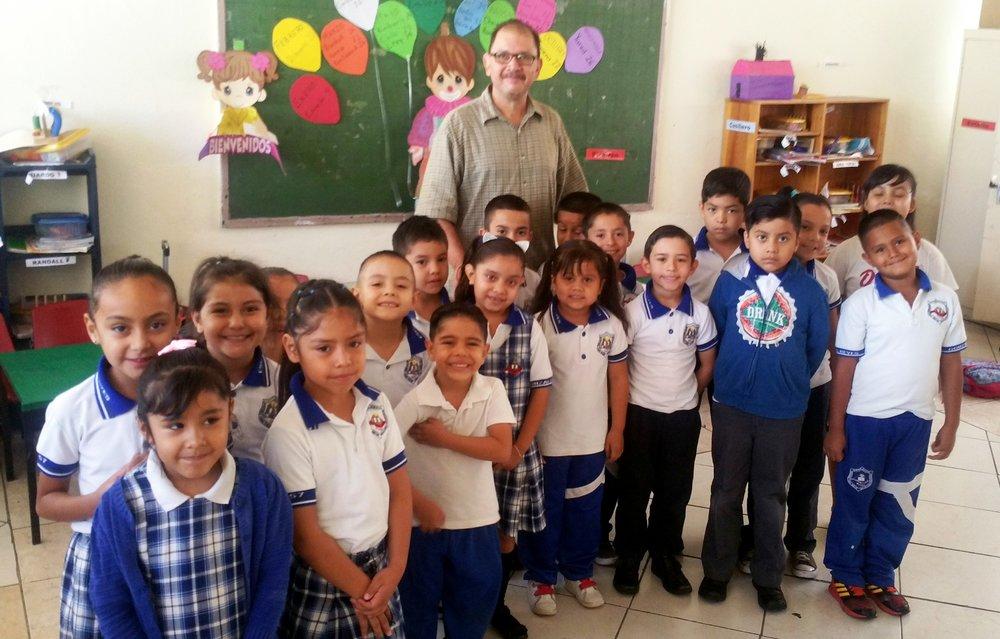 1st Grade A with Héctor Contreras Lópéz