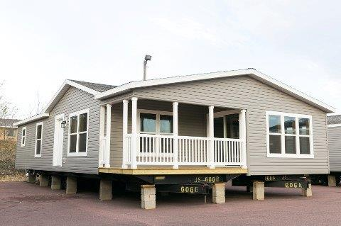 Riverview 208 Exterior with 8' morning room porch option.jpg