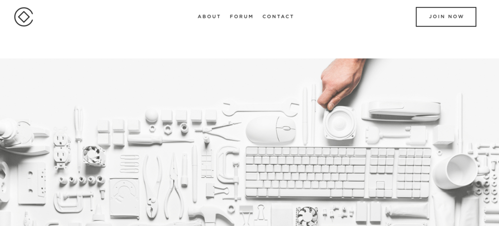 Squarespace Circle, an extension of Squarespace manages to identify itself but still be apart of the overall Squarespace brand through consistency.