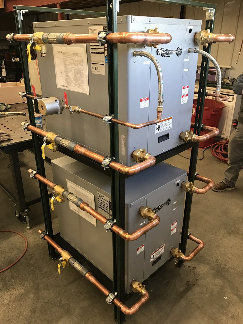 Hydronics Fabrication - Harvey's Hydronics focuses on optimizeing our clients mechanical rooms with systems that organized efficiently.