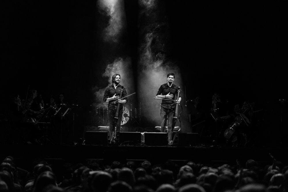 2 Cellos-12.jpg