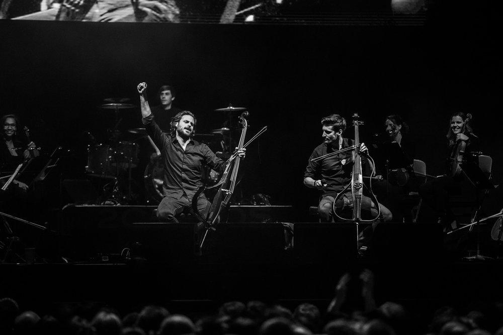 2 Cellos-6.jpg