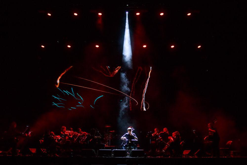 2 Cellos-2.jpg