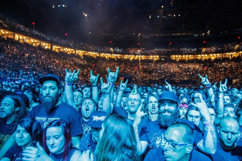 Crowd-7.jpg