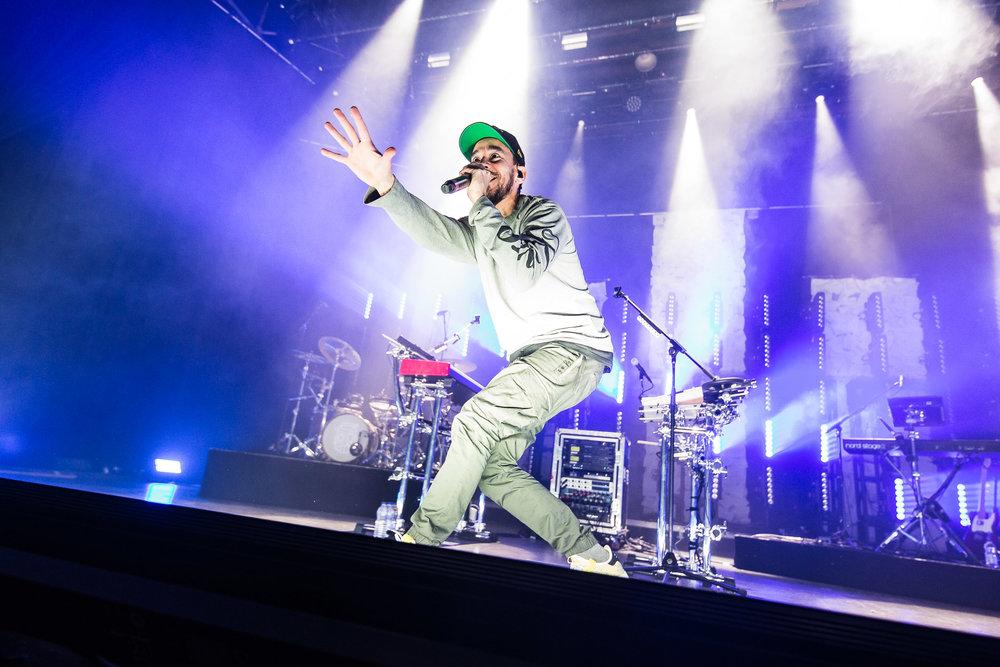 Mike Shinoda-2.jpg