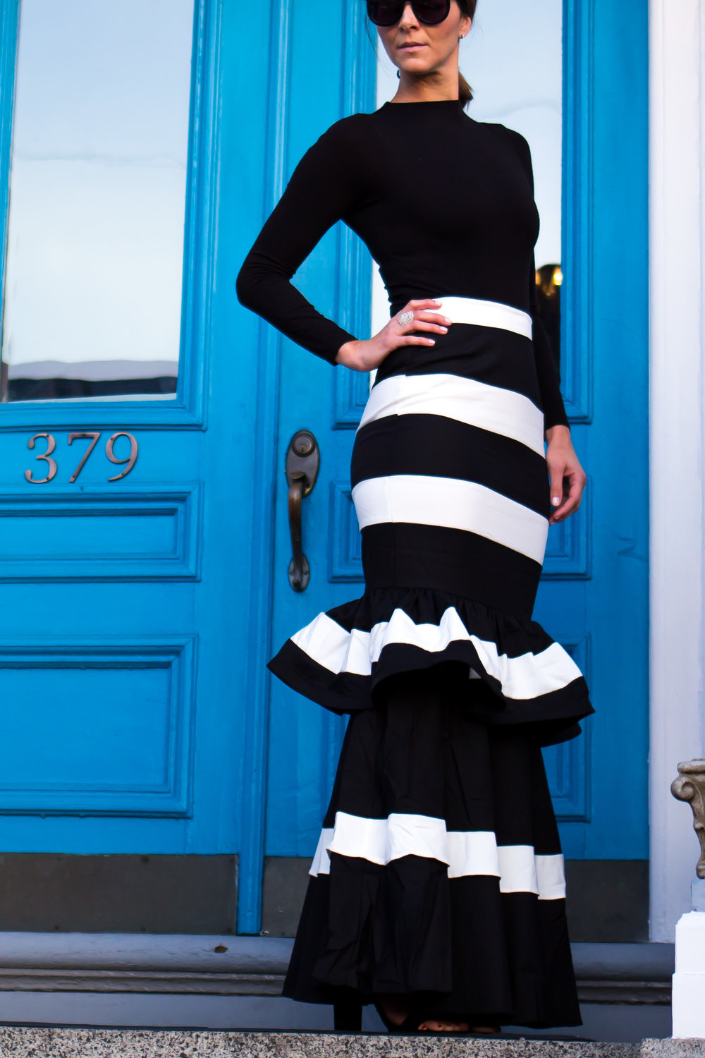 Formal Outfits – Holiday Outfits – Ruffle Skirt Outfits – Maxi Skirt Outfits – Ruffle Maxi Skirt Outfits - Fashion for Women – Holiday Party Outfits – Black and White Outfits - Wedding Outfits –  heartandseam.com  #heartandseam #forever21