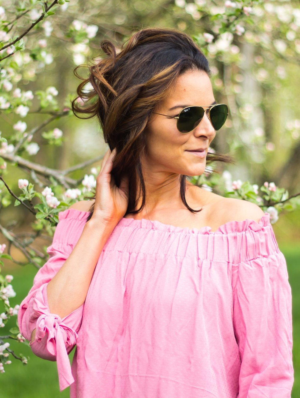 Pink Off-the-Shoulder Tops – Off-The-Shoulder Outfits – Fashion for Women – Date Night Tops – Summer Tops – Pink Tops –  heartandseam.com  #heartandseam