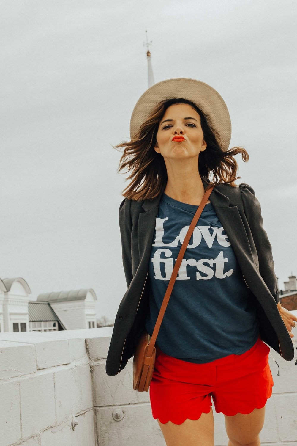 3 Ways to Help You Feel Less Overwhelmed – Fashion for Women – Spring Style – Weekend Wear – Spring Outfit Ideas – Wellness for Women –  www.heartandseam.com  #fashion #wellness #positivity #heartandseam