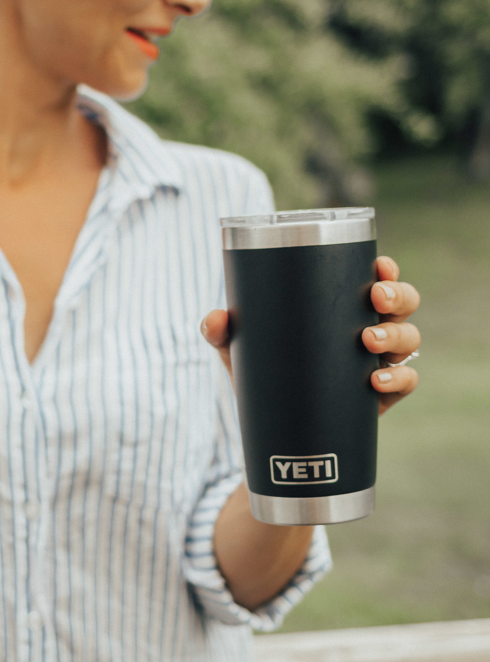 Yeti – Yeti Tumblers – Yeti Rambler Tumblers – Reusable Straws – Reduce Reuse Recycle – Yeti Cups #yeti #heartandseam  www.heartandseam.com
