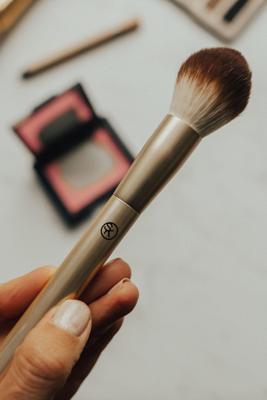 Sonia Kashuk Brushes – Sonia Kashuk – Sonia Kashuk Blush Brush – Makeup – Affordable Makeup – Target Makeup – Makeup Brushes #soniakashuk #target #heartandseam www.heartandseam.com