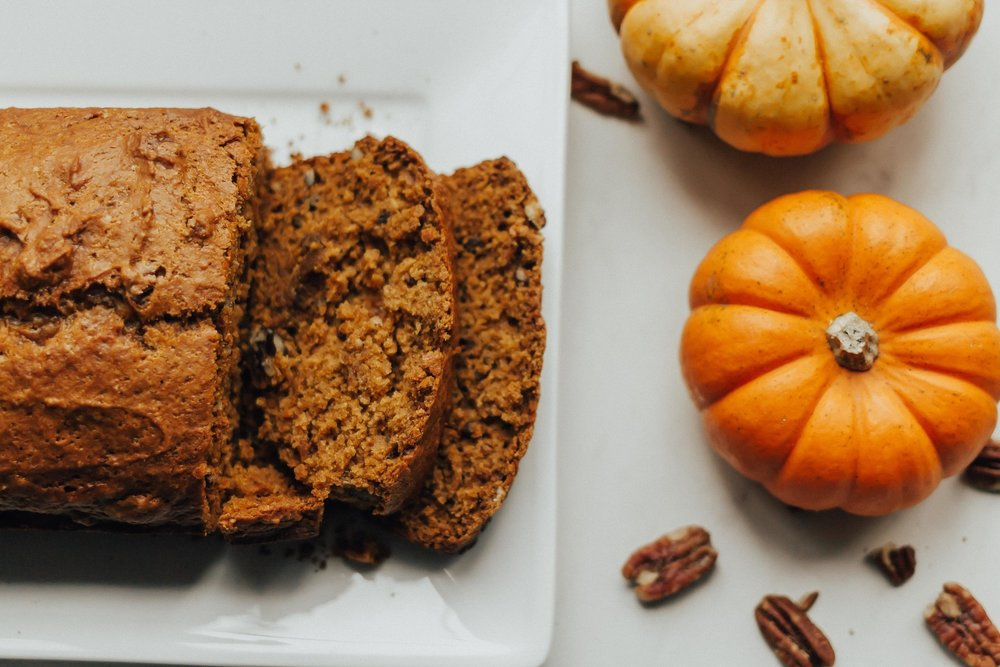 Pumpkin Bread Recipe- Vegan Pumpkin Bread Recipe – Easy Pumpkin Bread Recipe – Moist Pumpkin Bread Recipe – Best Pumpkin Bread Recipe – Homemade Pumpkin Bread Recipe – Pumpkin Bread – Pumpkin Bread with Nuts Recipe #pumpkinbread #pumpkin #heartandseam www.heartandseam.com