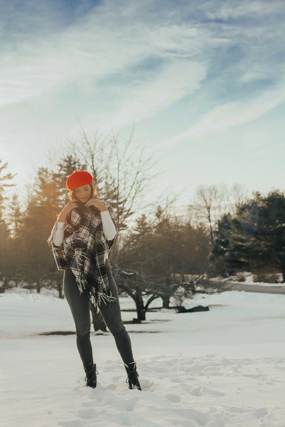 Blanket scarf outfit – Blanket Scarf – Winter Outfits Ideas for Women- Red Beret Outfits – Sorel Wedge Outfit ideas – Winter Hat Outfits – Red Hat Outfits ideas #beret #sorel #winteroutfits #heartandseam www.heartandseam.com