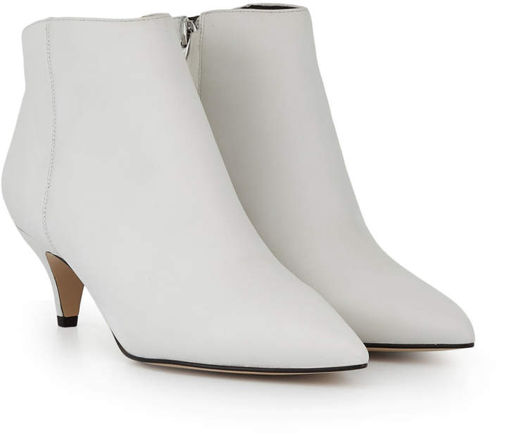 WHITE BOOTIES - I love these kitten heel booties by Sam Edelman.