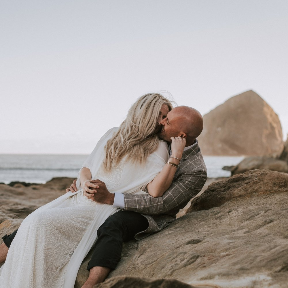 Oregon Coast Elopement atCape Kiwanda in Pacific City -