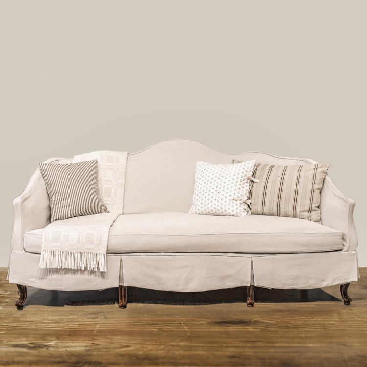 Slipcovered Camelback Sofa 36 Craven