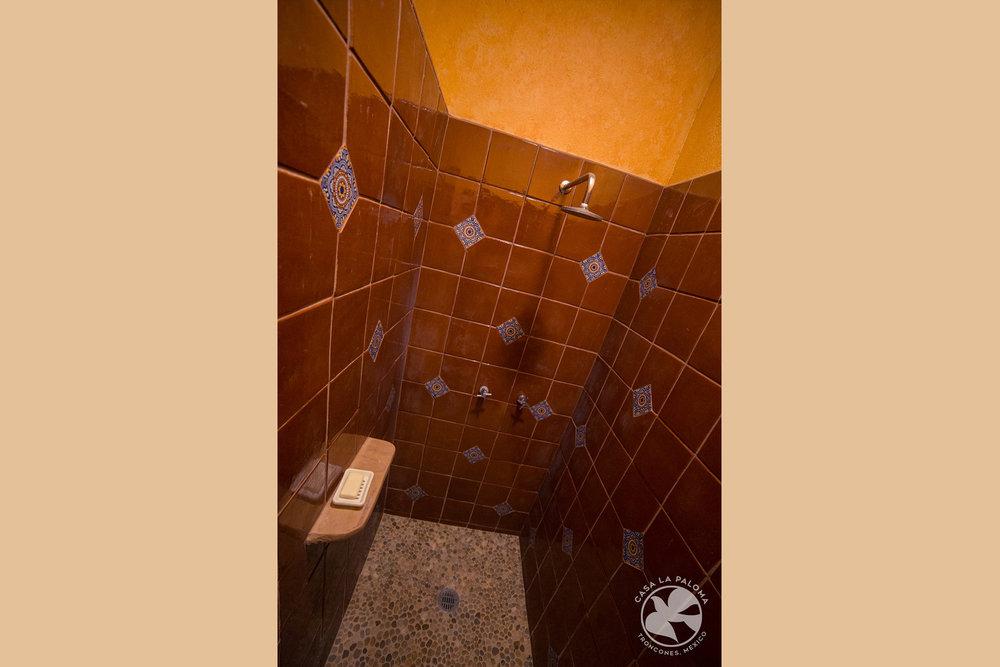 """La regadera del baño """"publico"""""""