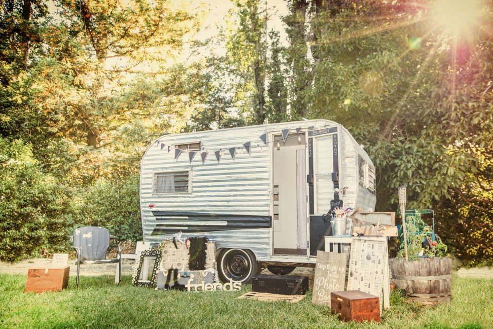 burst with joy - Two Options for Your Event:Blanche: Vintage Camper Photo BoothRue: Open Air Photo Booth