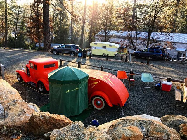 Our sites at @inntowncampground! Can't wait to go back! (Foreground: parents' '31 Chevy Coupe hot rod with '45 Teardrop trailer)