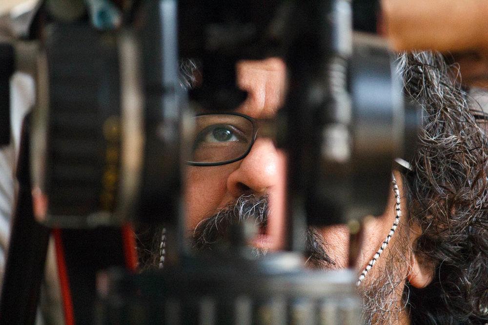 Director Amole Gupte reviews a shot, Hawaa Hawaai (2014)
